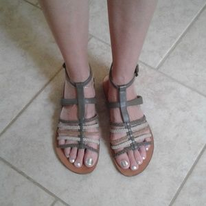 Sandals B Makowsky Indy tan/Brown size 9M